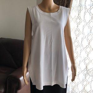 Tops - Women's sleeveless top.( tunic)